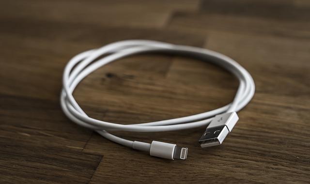 Výběr micro USB kabelů je poměrně široký