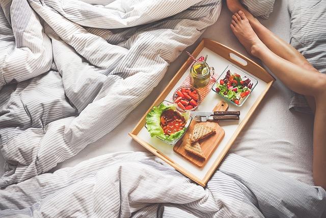 snídaně v posteli
